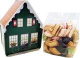 Groen houten huisje nieuw voor met zak nieuw.JPG