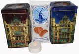 blik bruin en blauw met stroopwafel en lamp NW.JPG